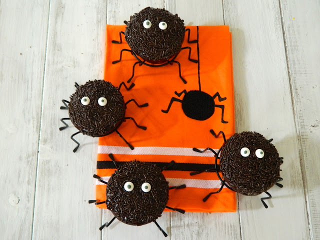 ... chocolate toppers chili chocolate spider cupcakes chocolate chili